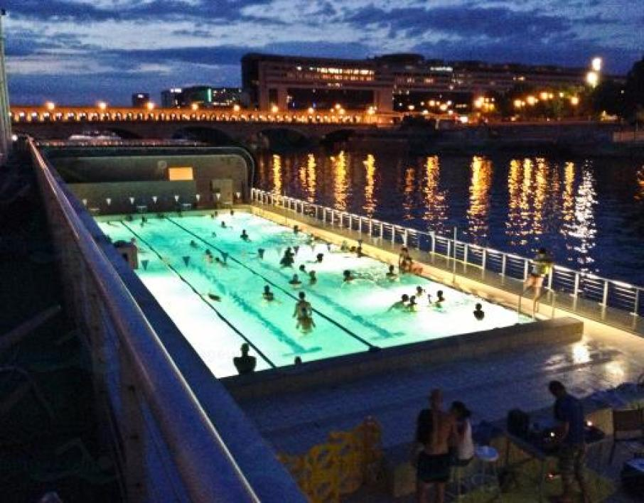 Les 5 plus belles piscines de paris for Piscine paris 13