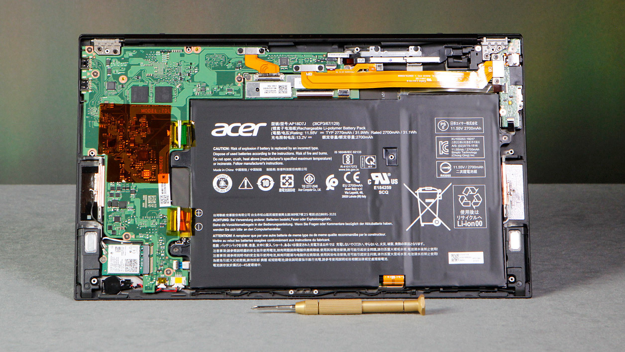 Acer-Swift-7-2019-inside.jpg