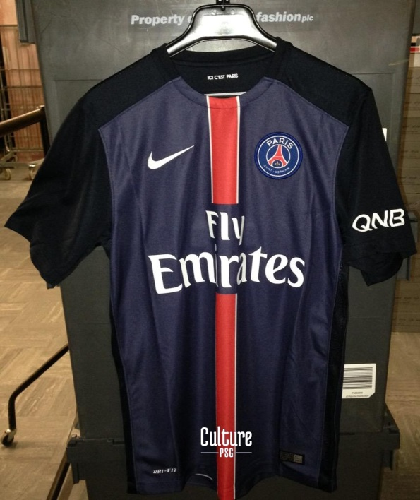 en image le possible futur maillot du psg. Black Bedroom Furniture Sets. Home Design Ideas