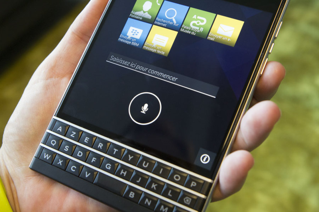 Avec Passport, BlackBerry Assistant fait son apparition.