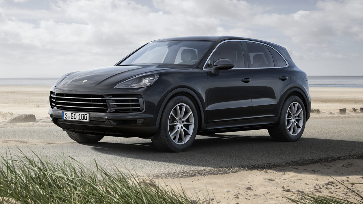 prix de la voiture connect e cat gorie luxe le porsche cayenne finaliste. Black Bedroom Furniture Sets. Home Design Ideas