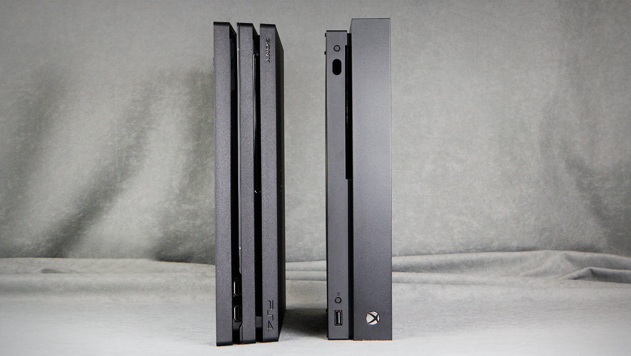 Xbox One X et PlayStation 4 Pro