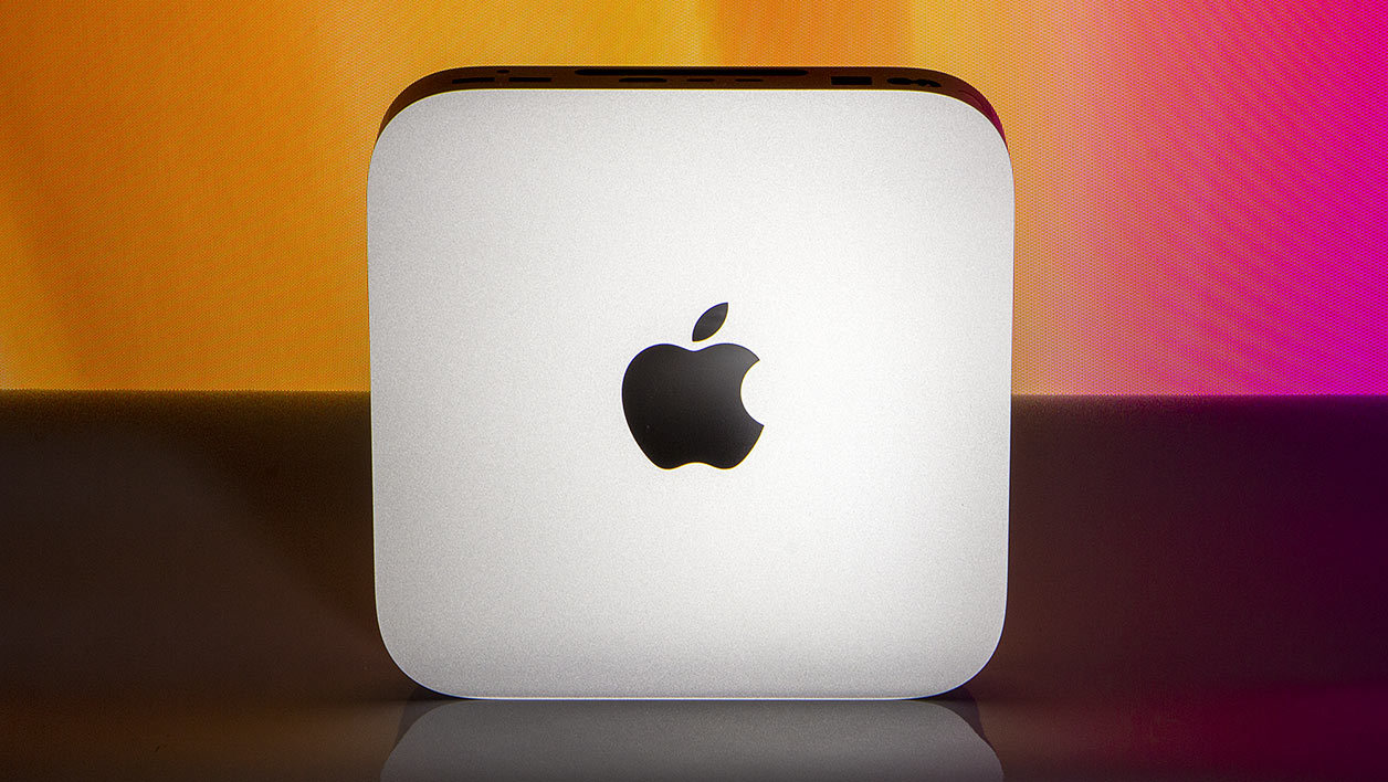 Apple-Mac-Mini-M1-debout2.jpg