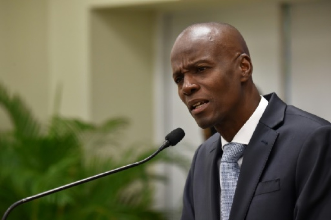 Le président haïtien Jovenel Moise, le 13 mars 2017 à Port-au-Prince A bus speeding away from a hit-and-run accident plowed into dozens of street musicians in northern Haiti, killing 38 people, officials said.
