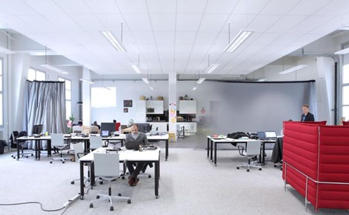 L'espace de co-working de la Villa Bonne Nouvelle d'Orange à Paris
