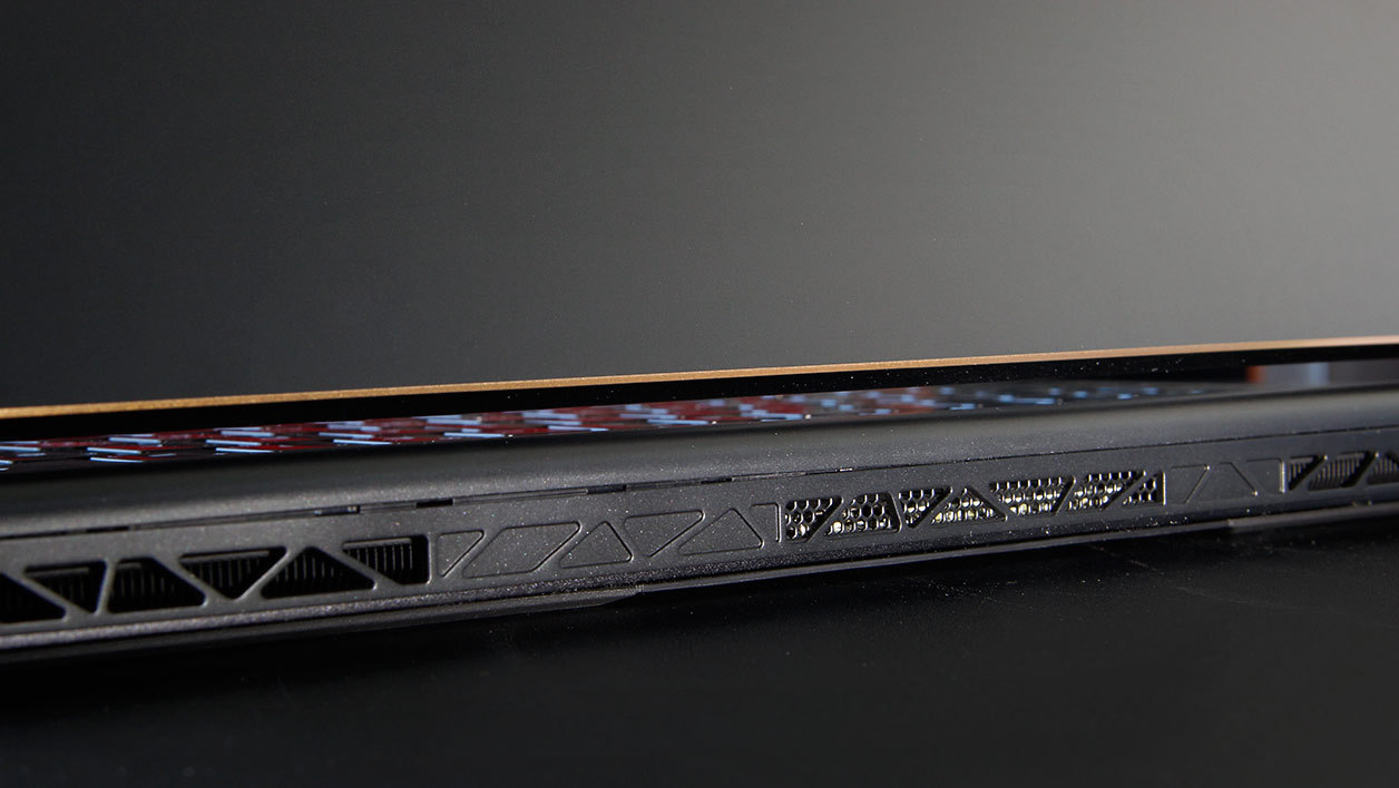 MSI GS65 Stealth Thin 8RF (8RF-046FR)
