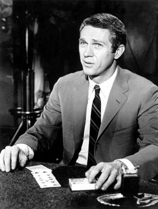 "Steve Mc Queen dans ""Le kid de Cincinnati"""
