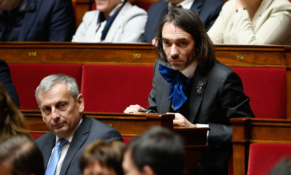 French La Republique en Marche (LREM) party deputy Cedric Villani attends a session of questions to the Government on December 12, 2017 at the National Assembly in Paris.  Lionel BONAVENTURE / AFP