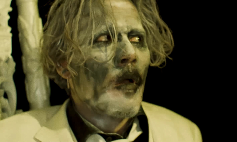 johnny depp m connaissable et inqui tant dans le nouveau clip de marilyn manson. Black Bedroom Furniture Sets. Home Design Ideas