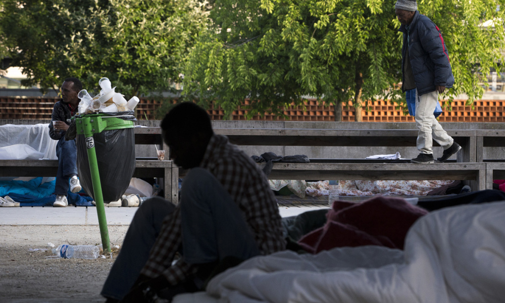 Des migrants à Paris le 19 juin 2015. (Photo d'illustration)