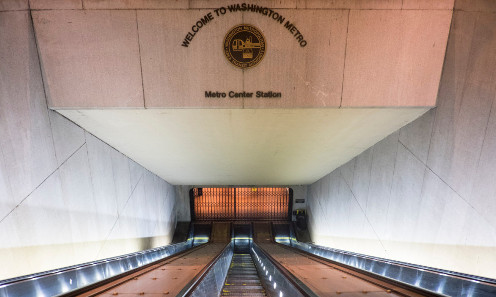 WASHINGTON, DC - March 16: With the D.C. Metro closed, the normally crowded escalators were empty at the entrance to the Metro Center station during the morning rush hours on March 16, 2016 in Washington, DC. Metro's General manager Paul Wiedefeld made the decision to close for 29 hours for a safety inspection after a recent fire. Metro makes approximately 725,000 trips per day in the D.C. Metro area. Pete Marovich/Getty Images/AFP  Pete Marovich / GETTY IMAGES NORTH AMERICA / AFP