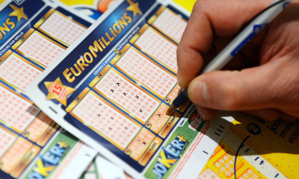 Un ticket d'Euromillions, photo prise en 2012
