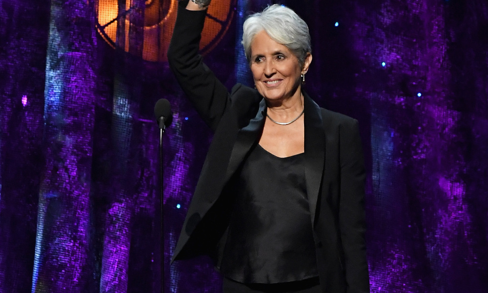 Joan Baez en avril 2017 à New York