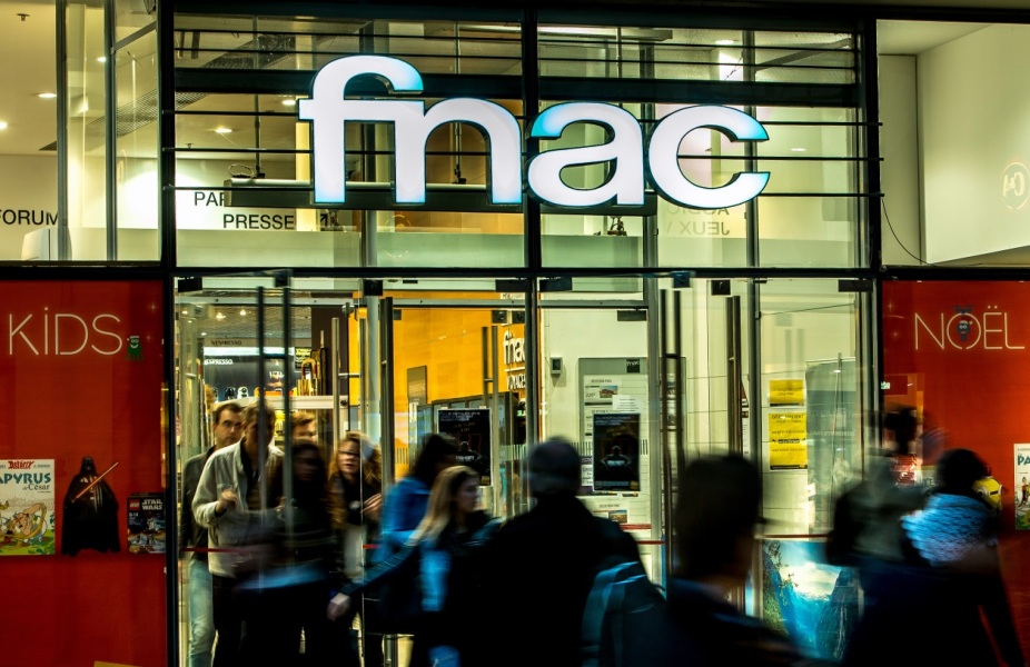 Travail dominical: trois syndicats bloquent l'accord à la Fnac
