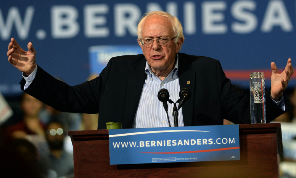 Etats-Unis: Bernie Sanders rejoint officiellement le camp Clinton