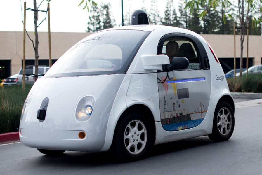 Google passe la second sur al voiture autonome (image d'illustration)