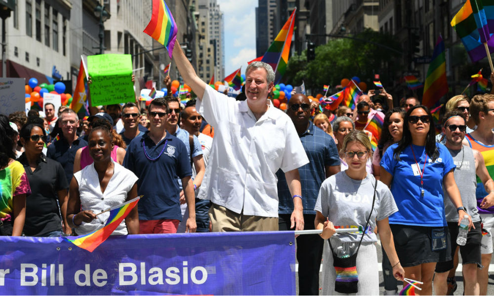 Le maire de New York, Bill de Blasio, lors d'une manifestation à New York.