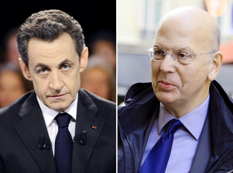 """A Buisson, Sarkozy oppose """"ses amis fidèles"""""""