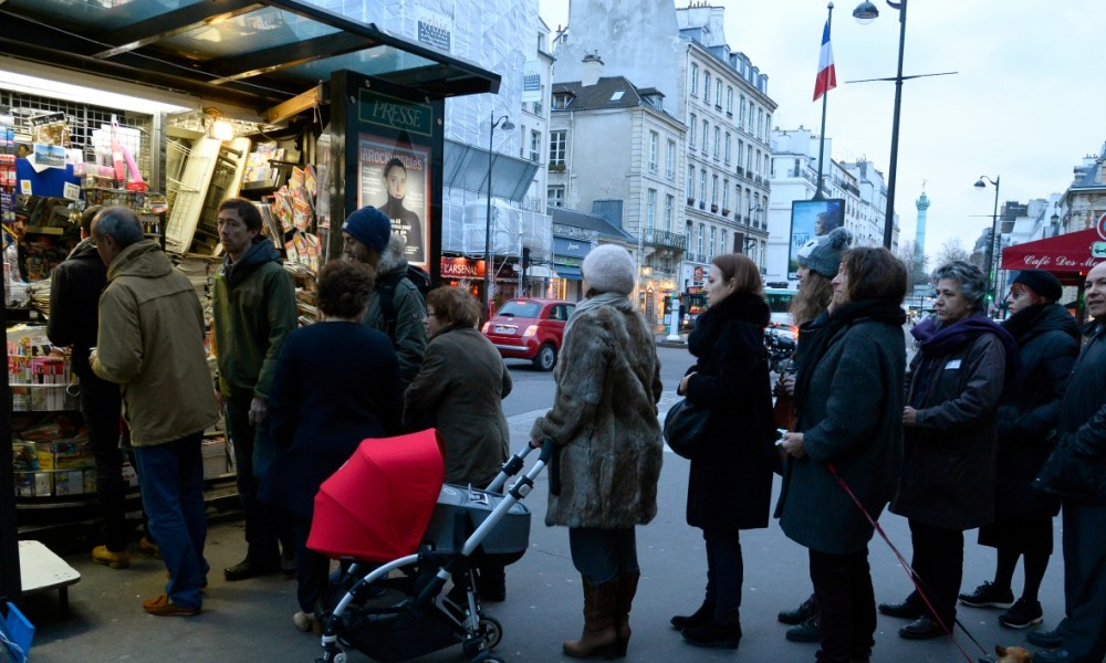 paris-kiosque-petition