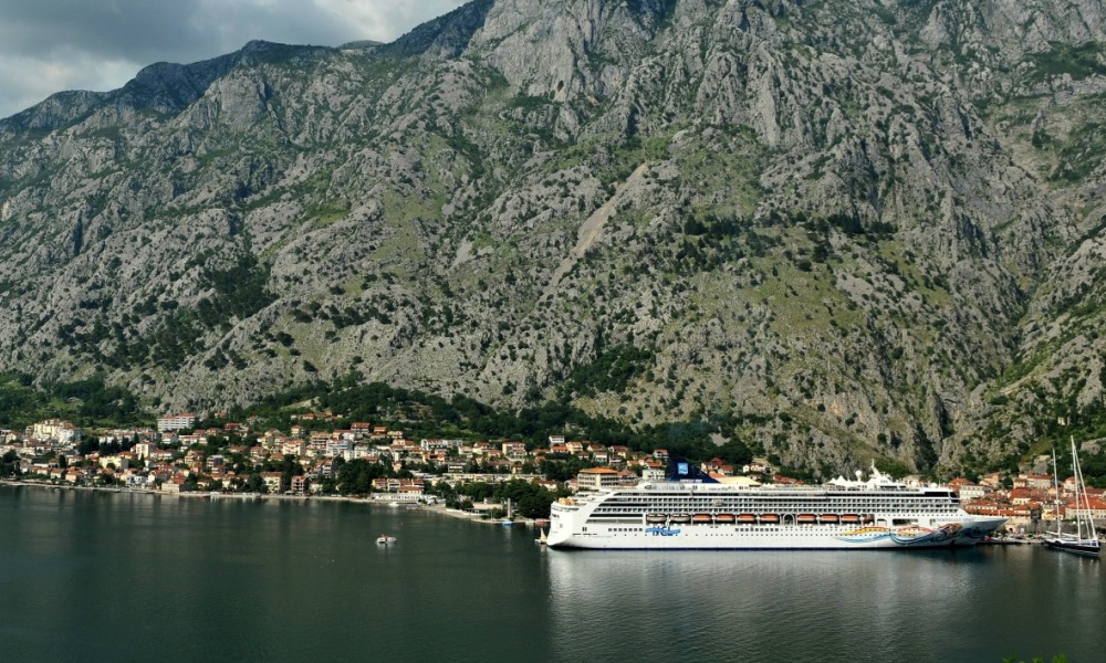 A picture taken on June 10, 2016, shows the Adriatic coastal town of Kotor. Dozens of anti-terrorist police officers have descended on the medieval fortress town in the past week after a string of public shootouts between rival drug-trafficking clans.  SAVO PRELEVIC / AFP