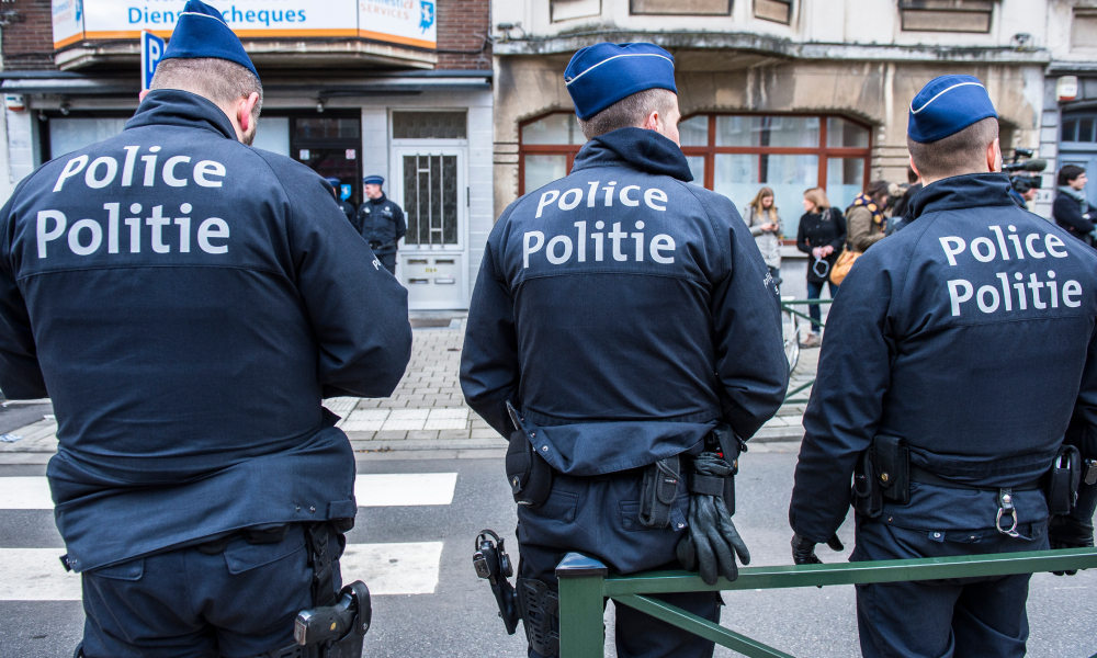 Des policiers belges à Schaerbeek, le 25 mars (photo d'illustration).