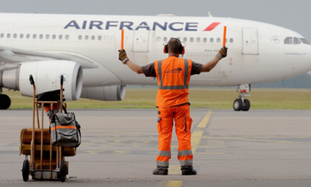 Un avion de la compagnie Air France sur le tarmac