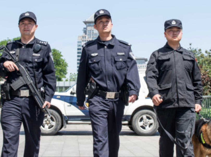 Policiers chinois