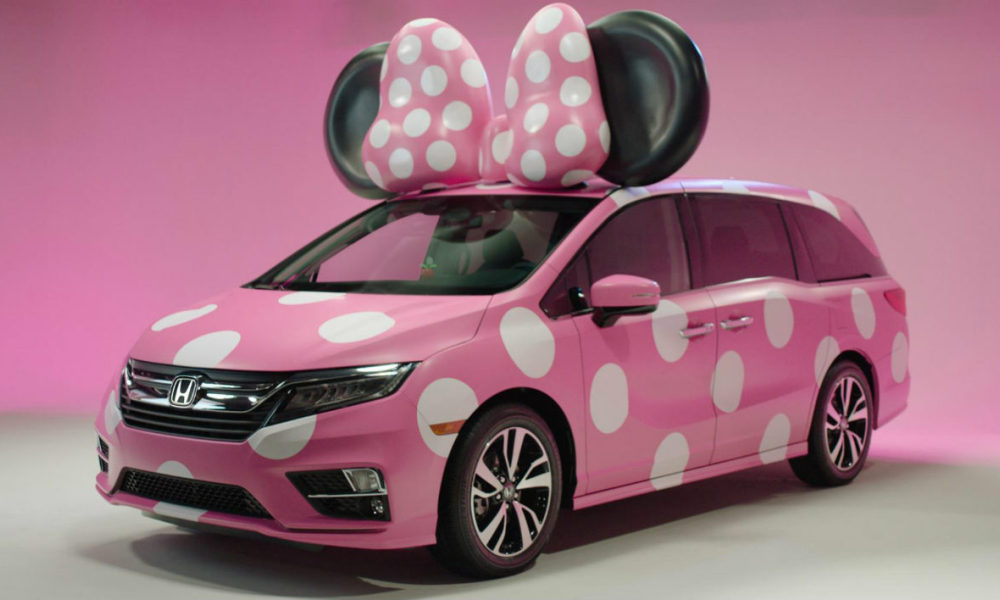 honda cr e une voiture d di e minnie. Black Bedroom Furniture Sets. Home Design Ideas