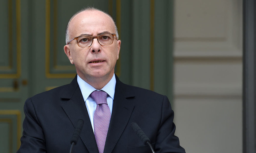 "Bernard Cazeneuve a éprouvé ""une intense émotion"" après le renoncement de François Hollande à se présenter à l'élection présidentielle de 2017. (Photo d'illustration)"