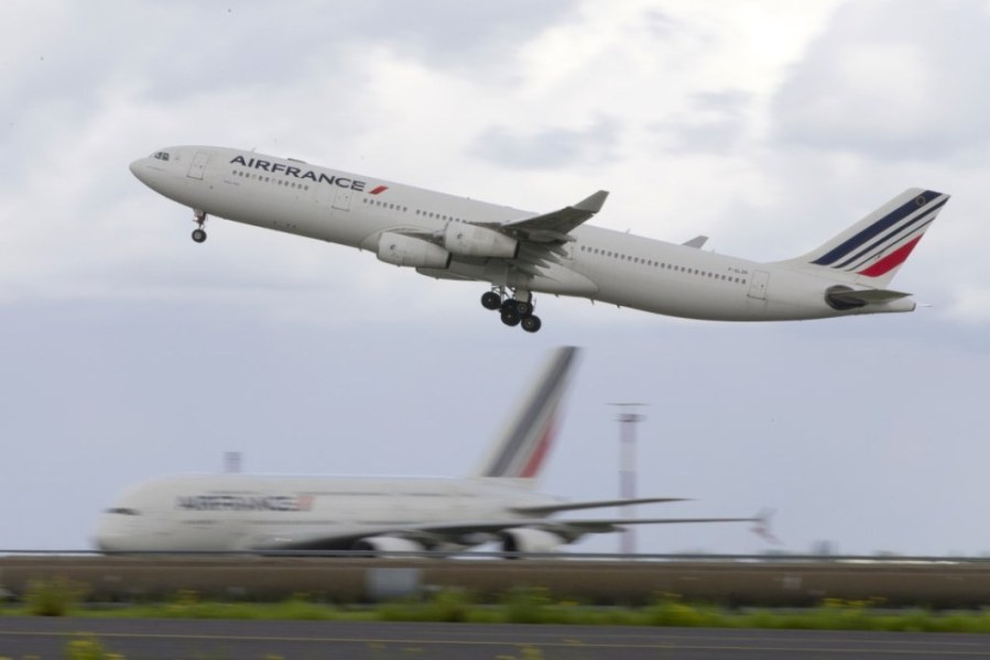 Un avion de la compagnie Air France a dû vidanger son kérosène peu de temps après son décollage. (PHOTO D'ILLUSTRATION)