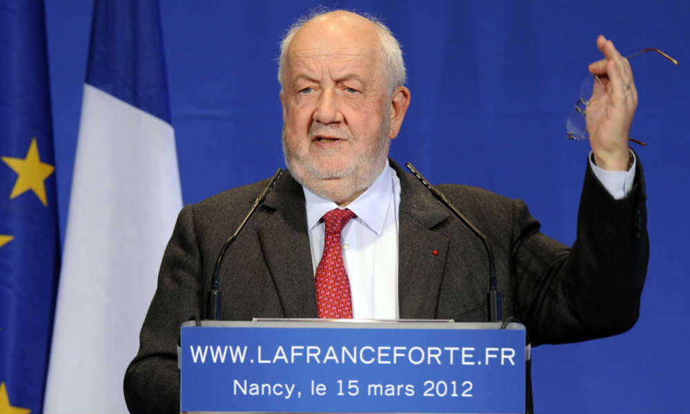 Nancy's mayor Andre Rossinot delivers a speech during a campaign meeting in support of France's incumbent president and Union for a Popular Movement (UMP) candidate for 2012 presidential election on March 15, 2012 in Nancy. AFP PHOTO / JEAN-CHRISTOPHE VERHAEGEN JEAN-CHRISTOPHE VERHAEGEN / AFP