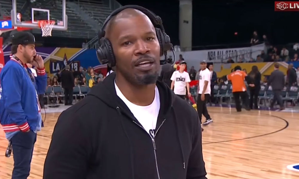 Jamie Foxx lors de son interview au Staples Center de Los Angeles, le 16 février 2018