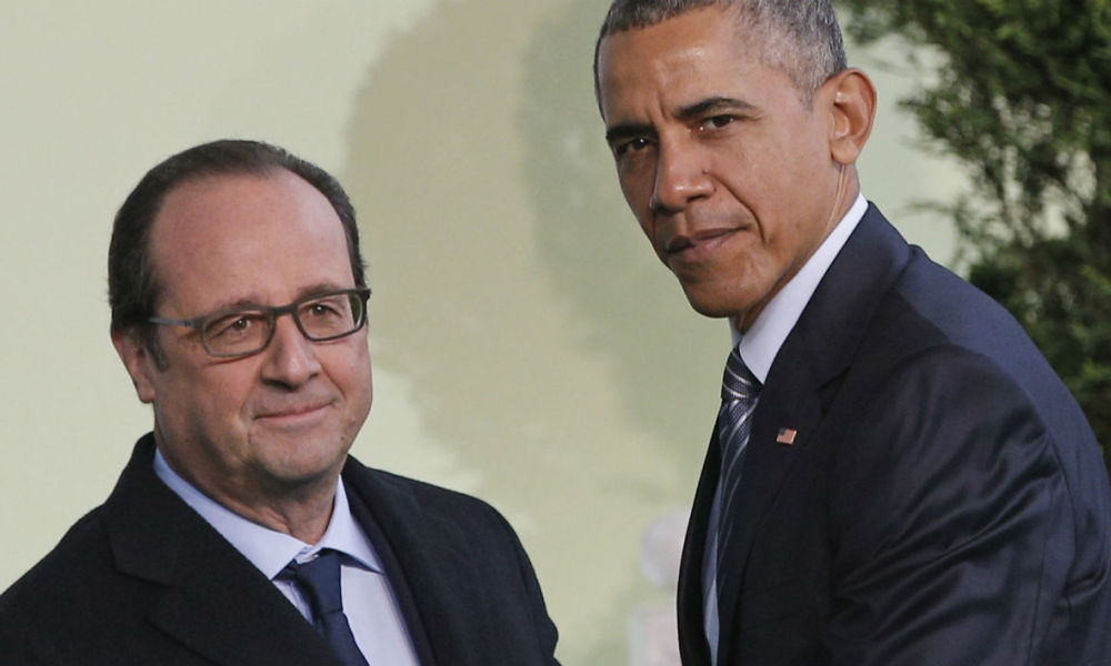 "Attentats: Obama et Hollande veulent ""augmenter la coopération"" entre Washington et Paris"