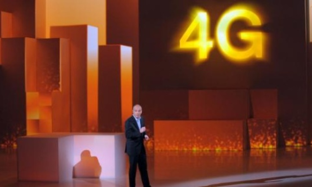 Orange a pris de court son concurrent SFR en lançant son réseau 4G à Paris, lundi 28 janvier.