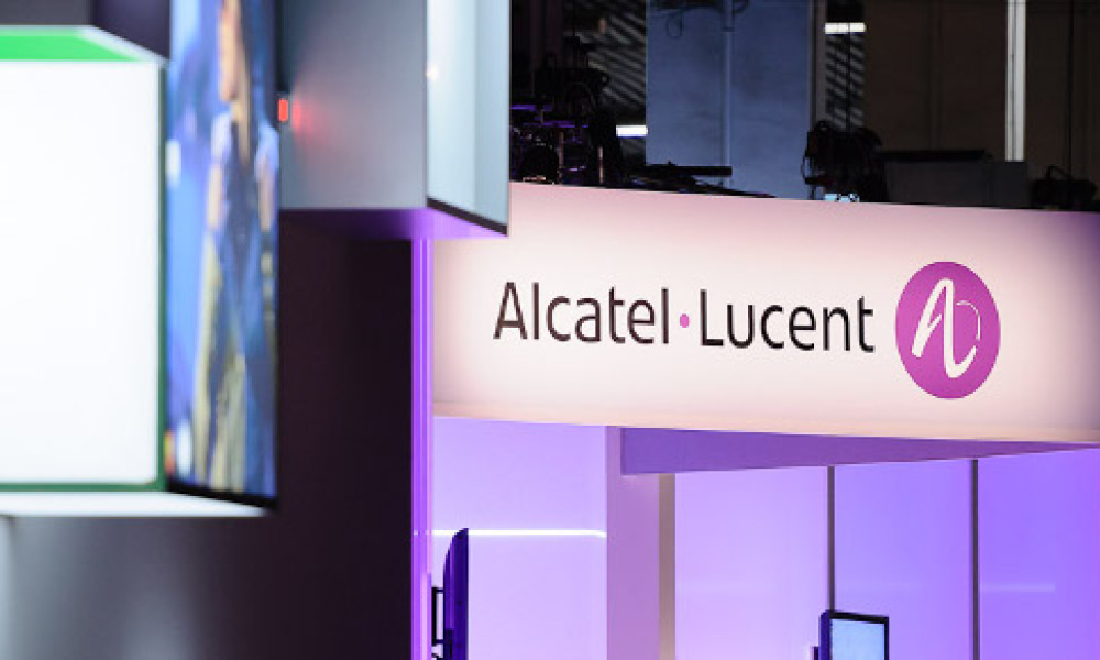 Alcatel-Lucent va supprimer 15.000 postes dont 900 en France.