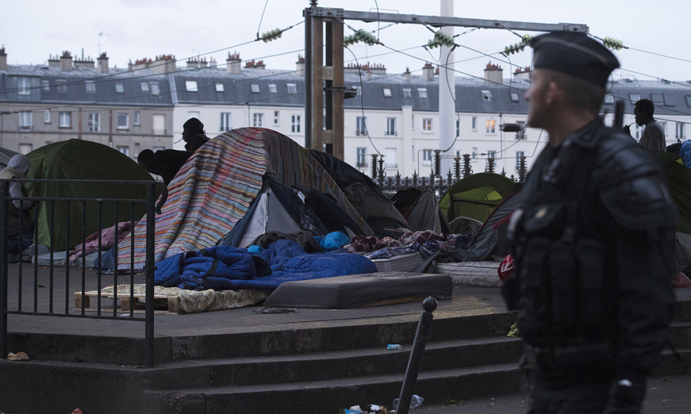 Image de l'évacuation du camp de migrants porte de la Chapelle en juin 2016.  (photo d'illustration)