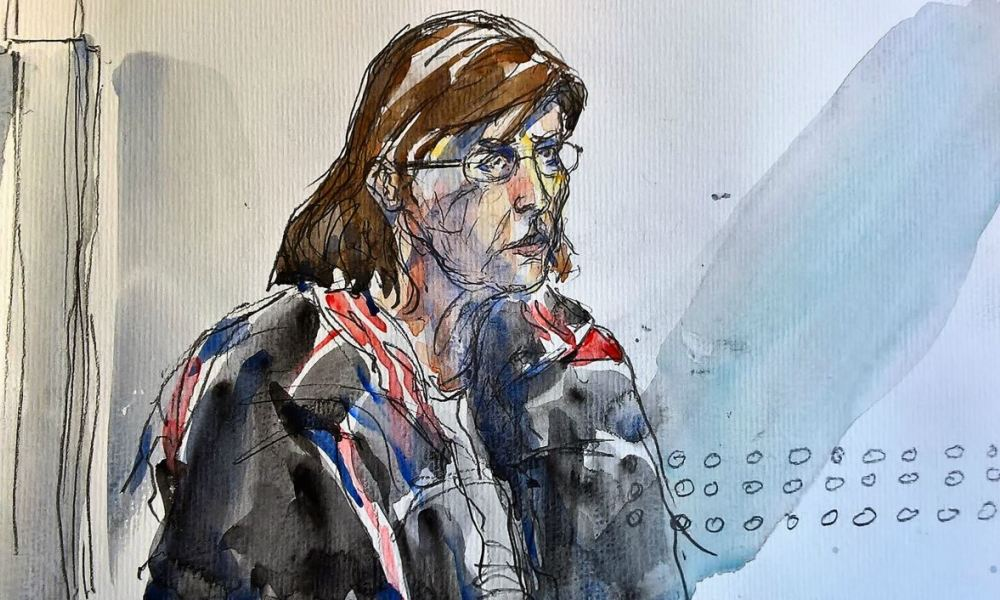 A court sketch made on January 16, 2018 shows Patricia Dagorn, a woman suspected of being a serial poisoner trapping wealthy widowers from the Cote d'Azur, attending the second day of her trial at the courthouse in Nice, southeastern France, on January 16, 2018. Patricia Dagorn appears before a court for murder or administration of harmful substances to four old men, two of whom died. Benoit PEYRUCQ / AFP