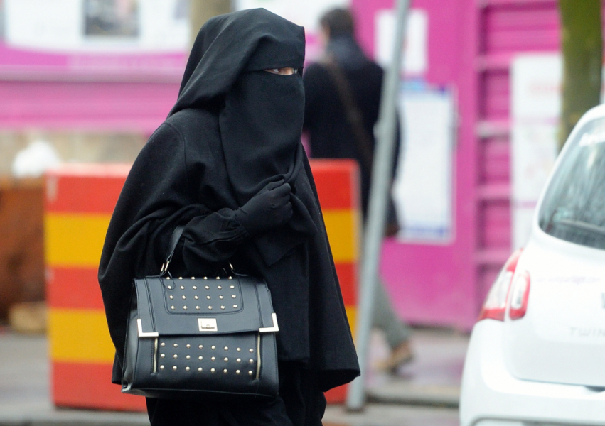 Une femme portant un niqab - (photo d'illustration)