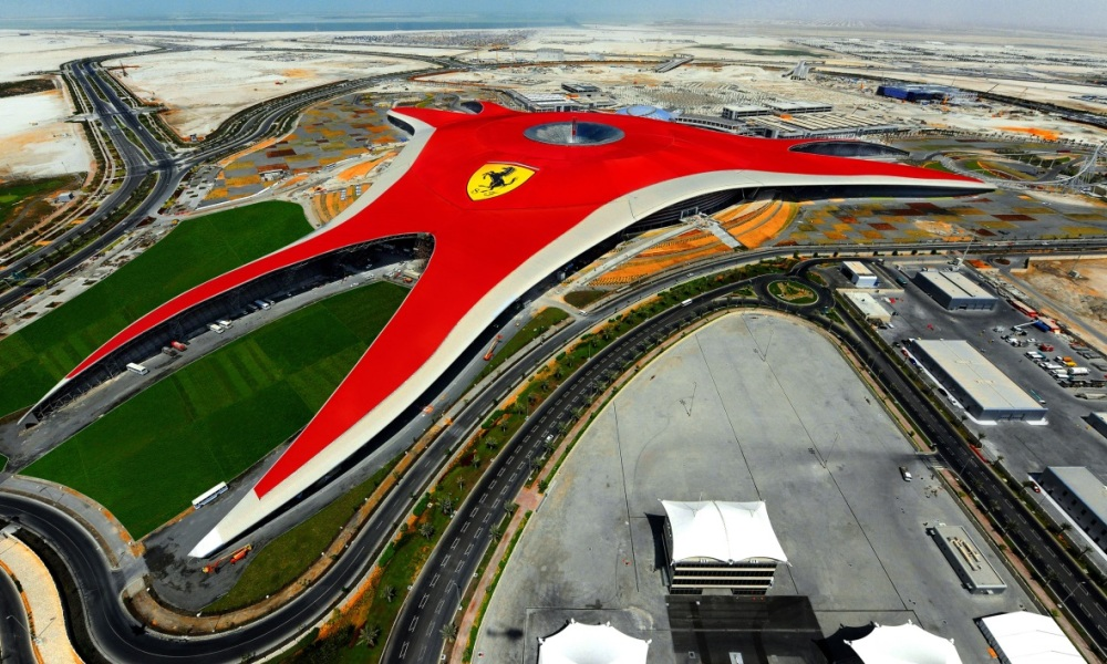 Ferrari Chine Ferrari world Espagne Dubai Parc d'attraction