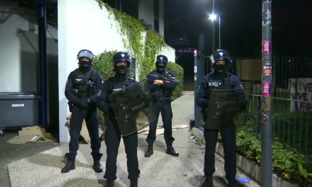 policelyon.PNG