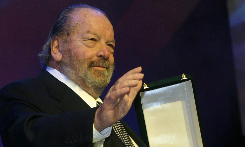 "US comedian Bud Spencer receives a life achievement award at the opening night of Cairo's 28th International Film Festival at the Opera House in the Egyptian capital 30 November 2004. The festival, the biggest in the Middle East, opened with US and British films excluded from competition for ""technical"" reasons, organisers said. A total of 180 films from 49 nations will be screened in what organisers call ""a ray of sunshine in a difficult geopolitical time for our region,"" from November 30 to December 11. AFP PHOTO/AMRO MARAGHI AMRO MARAGHI / AFP"