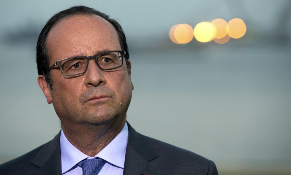 "Hollande déterminé à frapper Daesh qui ""nous menace et tue nos enfants"""