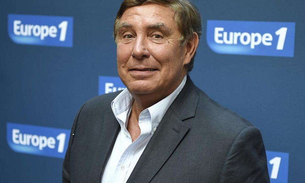Europe 1 radio host Jean-Pierre Foucault poses during a photocall, on September 3, 2014 in Paris.