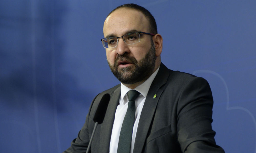 Sweden's Housing Minister Mehmet Kaplan speaks at a press conference to announce his resignation on April 18, 2016 in Stockholm following his comments on Israel. Kaplan likened Israel's treatment of Palestinians to what happened to Jews in Nazi Germany.