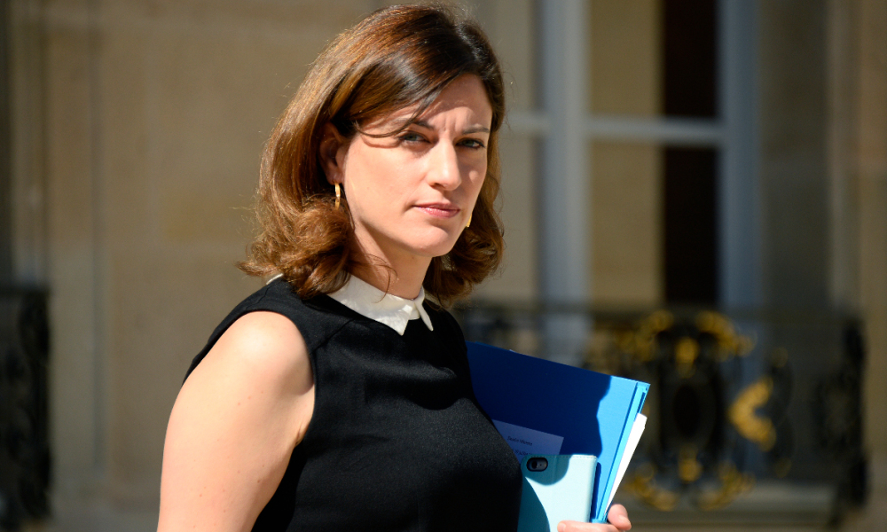 French Junior Minister for Victims Aid Juliette Meadel leaves a cabinet meeting at the Elysee Presidential Palace in Paris, on July 19, 2016.  BERTRAND GUAY / AFP