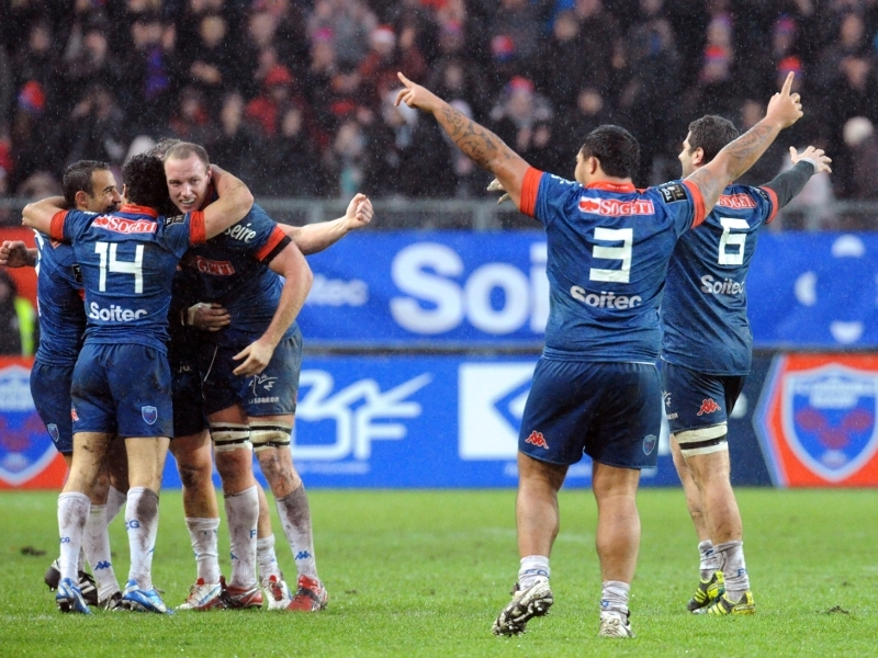 Le Racing tombe à Grenoble, Castres plonge