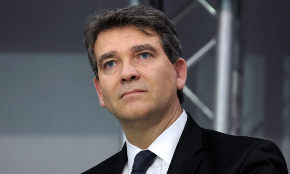 "Arnaud Montebourg, candidat à l'élection présidentielle de 2017, considère que la question de l'interdiction du burkini est une ""affaire subalterne""."