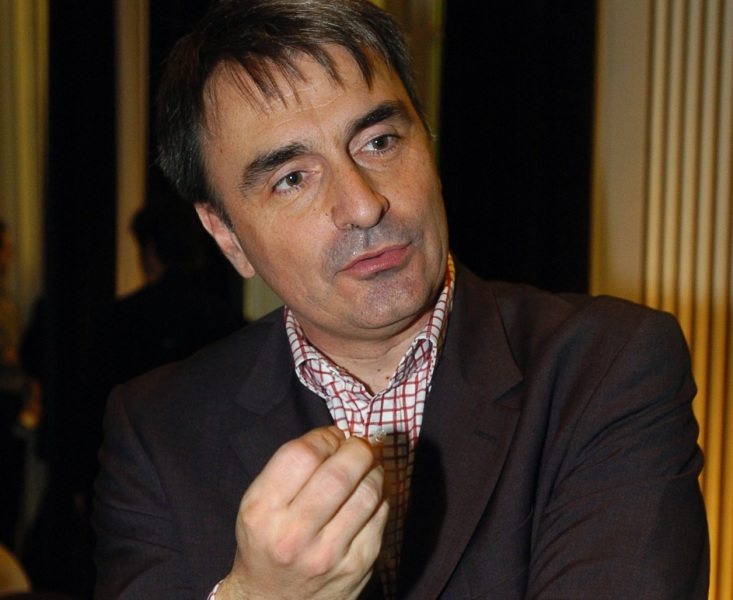 Michel Paulin prend la succession de Michel Combes.