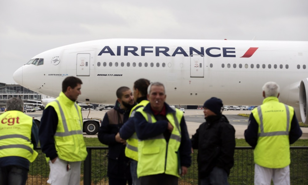 Air France va supprimer 1.400 postes.