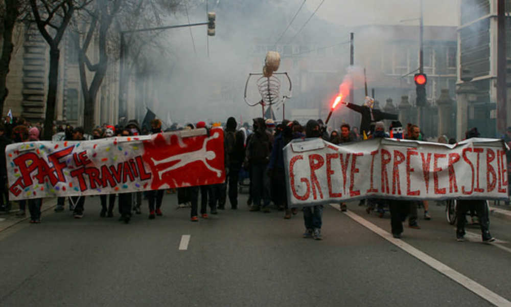 Une manifestation contre la loi Travail à Grenoble, le 31 mars 2016. (Photo d'illustration)